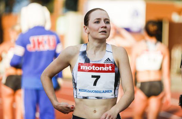 Reetta Hurske toivoo voittaneensa mystiset vatsaongelmat. Keskiviikkona juoksu kulki Jyväskylässä.
