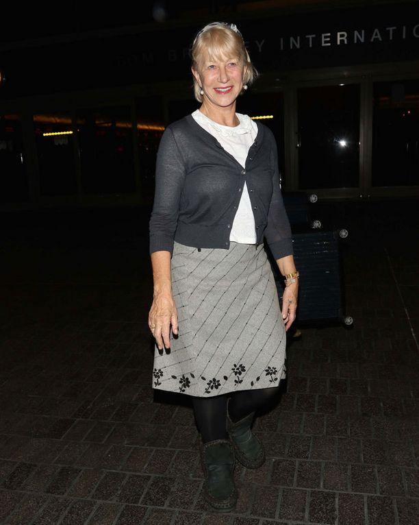Meikitön Helen Mirrenkin sen tietää: hymy on paras ehostus.