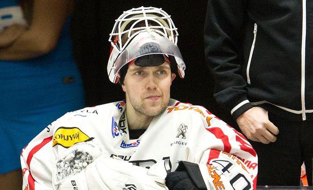 Tuomas Tarkki (kuvassa) kävi maanantain epäonnistumisen tuoreeltaan läpi Ari-Pekka Siekkisen kanssa.