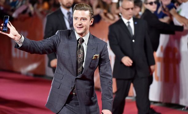 Toronton elokuvafestivaalilla dokumenttielokuvaansa markkinoimassa oleva Justin Timberlake suhtautuu mahdolliseen yhteistyöhön Britney Spearsin kanssa myönteisesti.