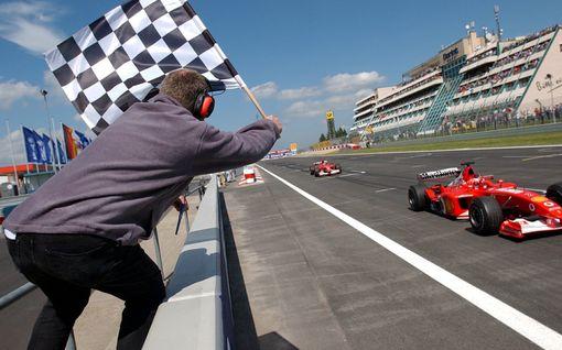 """Mugello F1-kalenteriin? Daniel Ricciardo innoissaan: """"Se olisi mahtavaa!"""""""