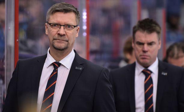 Jukka Jalosen Jokerit nousi pudotuspeliviivan päälle kahdeksanneksi. Runkosarjaa on jäljellä kuusi ottelua.