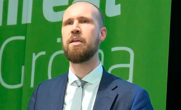 33-vuotias Touko Aalto on vihreiden tuore puheenjohtaja.