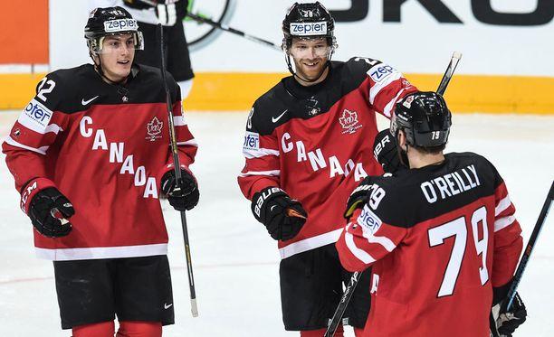 Kanadan pelaajilla oli jatkuvat maalijuhlat Itävaltaa vastaan.