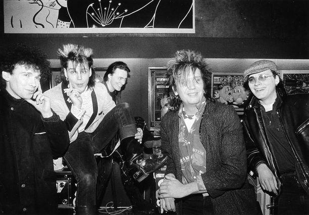 Tältä Dingon tunnetuin kokoonpano näytti vuonna 1985. Yhtye tekee paluunsa juhannuksena.