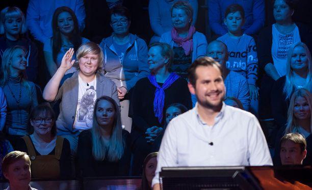 Lasse Laitinen nähdään lauantain miljonäärivisassa kannustamassa ystäväänsä.