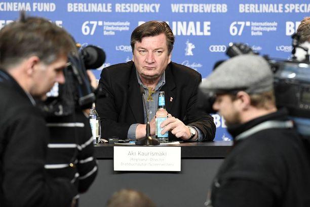 Kaurismäki palkittiin Hopeisella karhulla Berliinin elokuvajuhlissa.
