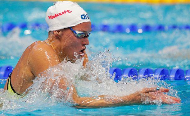 Aamun alkuerissä Suomen ennätyksen uinut Jenna Laukkanen karsiutui 50 metrin rintauinnin MM-finaalista.