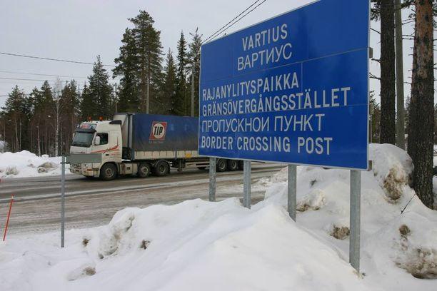 Venäjän rajalta on viime aikoina tullut Suomeen paljon paperittomia turvapaikanhakijoita.