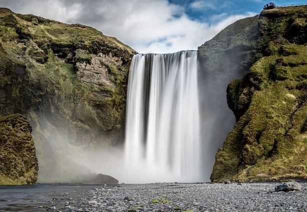 Islannin maisemissa ei helle tällä viikolla hiota.