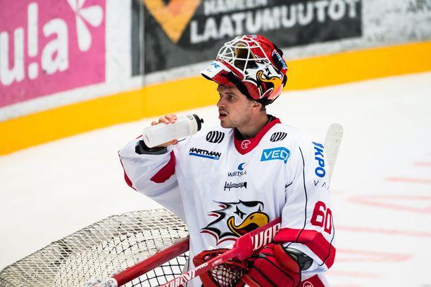 –Ei tässä mitään taikajuomaa ole vedetty, sanoo Sportin sensaatiovahti Rasmus Reijola.