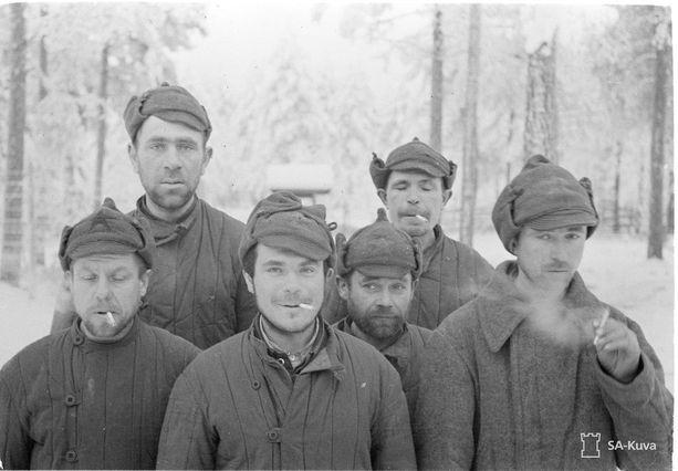 Venäläisvankeja leirillä Parikkalassa 1.12.1939.
