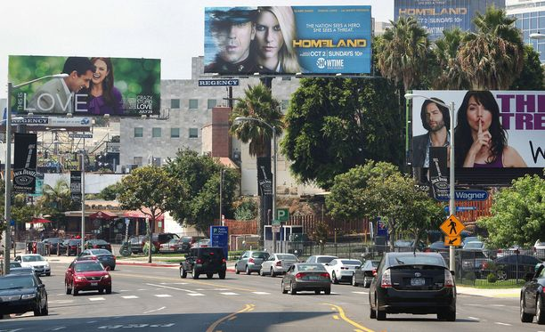 Amy päätyi myymään itseään Sunset Boulevardille.