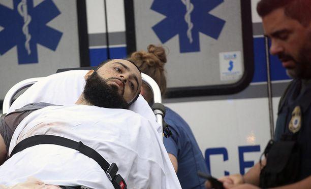 """Ahmad Khan Rahami pidätettiin tulitaistelun jälkeen. Viranomaisten mukaan hän ei ole """"ollut yhteistyöhaluinen"""" pidätyksen jälkeen."""