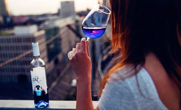 Gik kuuluu samaan juomakategoriaan kuin makeat valkoviinit.