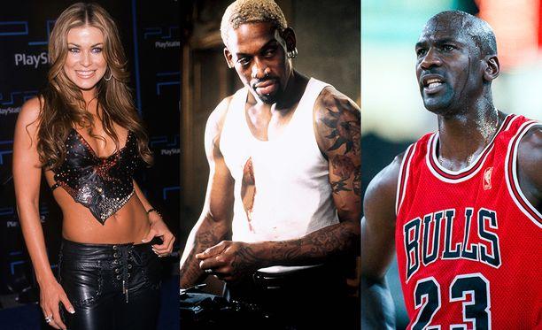 Carmen Electra (vas.), Dennis Rodman (kesk.) vietivät yhteistä aikaa Vegasissa, kunnes Michael Jordan (oik.) saapui hakemaan pelikaverinsa takaisin töihin.