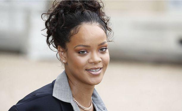 Rihanna oli Chris Brownin mukaan myös väkivaltainen ex-parin suhteessa.