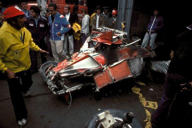 Niki Laudan Ferrari oli onnettomuuden jälkeen karu näky.