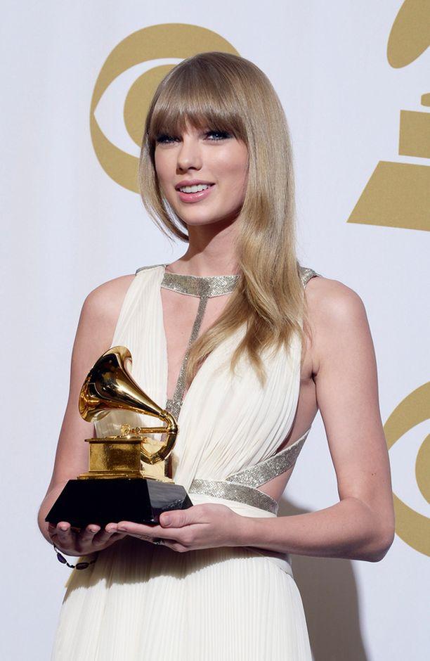 ...samoin teki Taylor Swift.