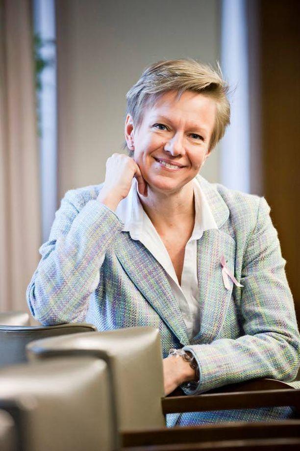 Kansanedustaja Päivi Lipposen johtama työryhmä luovuttaa marraskuun alussa esityksensä lukukausimaksuista opetusministerille.