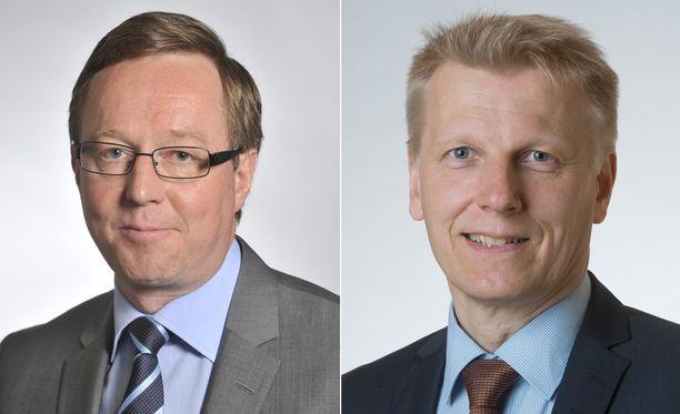 Mika Lintilä (vas.) vastaa jatkossa omistajaohjauksesta, Kimmo Tiilikainen sai energia-asiat