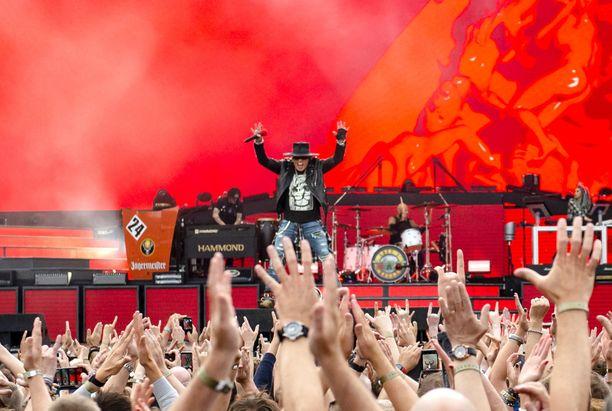 Kuva Guns N' Rosesin  -kiertueelta.