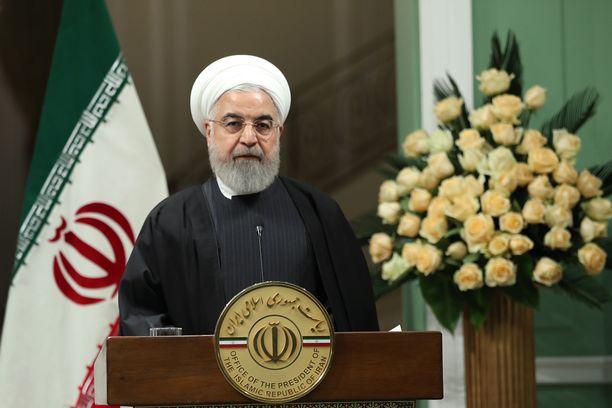 Hassan Ruhani lupaa rangaistuksia alasampumisen syyllisille.