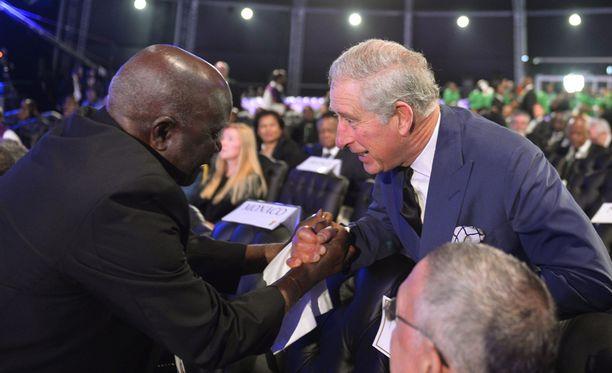Britannian prinssi Charles osallistuu myös hautajaisseremoniaan Qunussa.