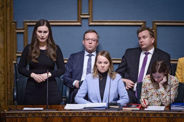 Hallitus avasi Uusimaan, muita tiukennuksia on ollut esillä keskusteluissa.