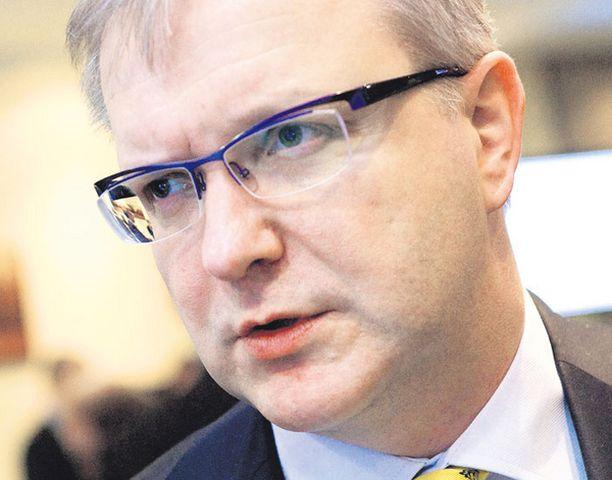 European Voicen mukaan laajentumiskomissaari Olli Rehnillä ei juuri ole kilpailijoita Euroopan unionin ulkoministerin paikalle.