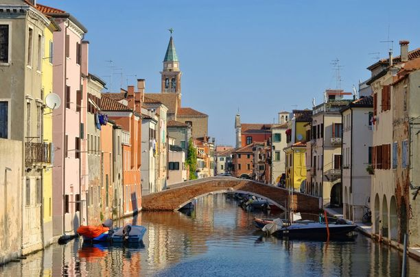 Venetsia on kaunis, mutta loma-aikaan turhankin suosittu kohde.