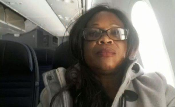 Lucie Bahetoukilaen lento veikin Pariisin sijasta 9 000 kilometriä väärään suuntaan San Franciscoon.