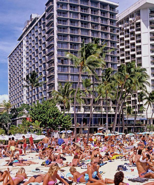 Waikiki Beachilla voi olla näinkin täyttä.