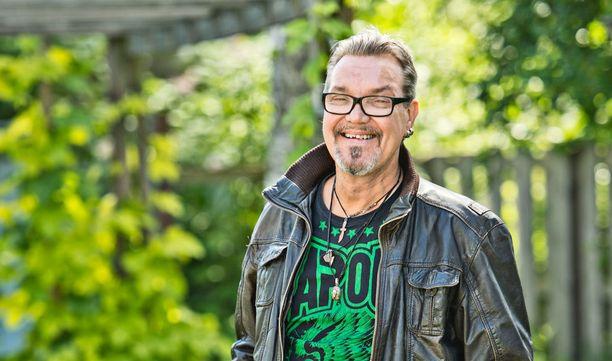 Juha on näytellyt suositussa Vares-elokuvassa.