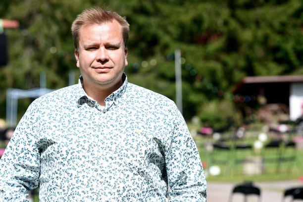 Antti Kaikkonen palaa isyysvapaalta takaisin töihin.