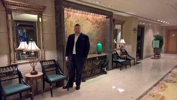 Antti Peltonen oli lokakuun lopussa työmatkalla Hongkongissa. Kuva on otettu hotellissa. Peltosen veljekset myivät viime vuonna perheyrityksensä Sähköpekon ruotsalaiselle Bravidalle.