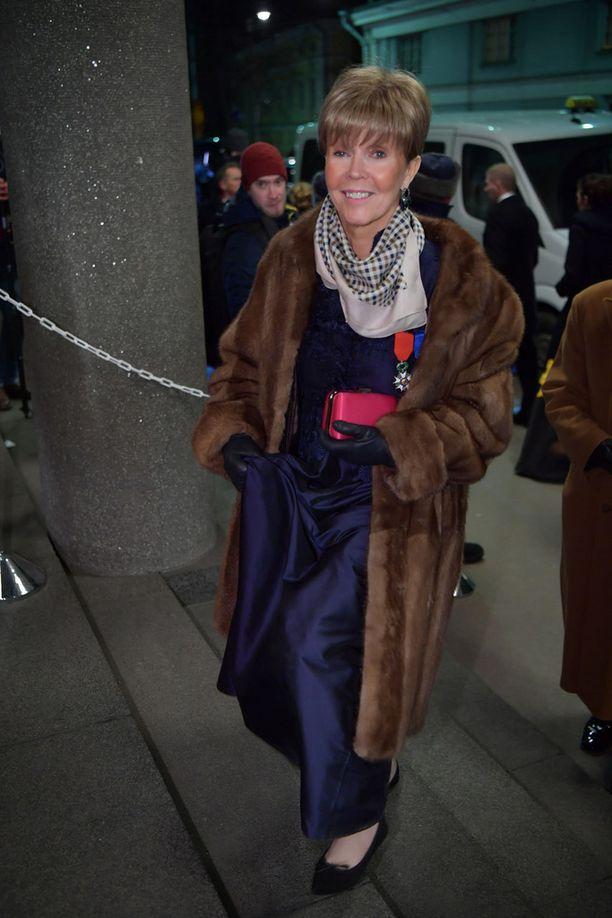 Helena Petäistö saapui iloisin mielin Linnan juhliin.