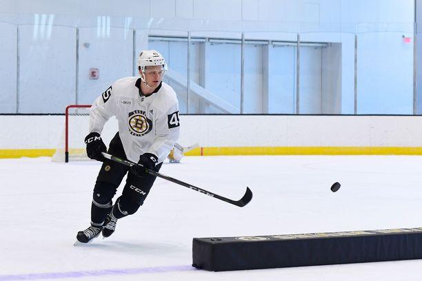 Joona Koppanen, 20, aloittaa kautensa AHL:ssä.