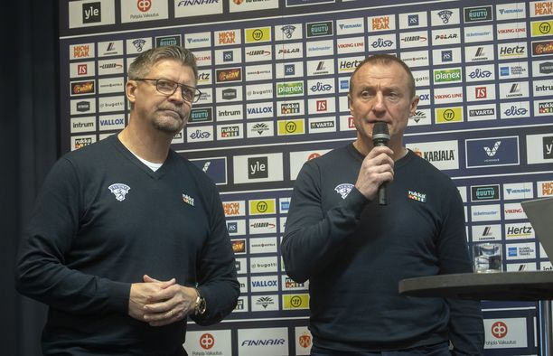 Jukka Jalonen (vas.) ja Jere Lehtinen julkistavat pelaajavalintansa Karjala-turnaukseen myöhemmin tällä viikolla.