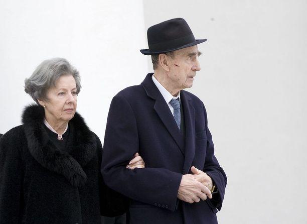 Rouva Tellervo Koivisto ja presidentti Mauno Koivisto vuonna 2009. Alzheimerin tauti oli diagnosoitu edellisenä vuonna.