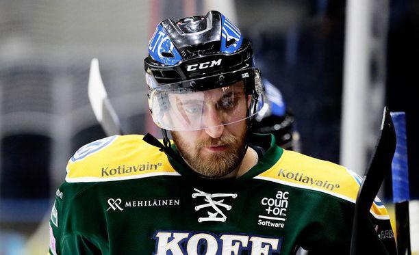 Sami Sandell ei pelannut SaiPa-ottelua loppuun.
