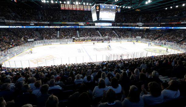 Suomen ykköshallin Hartwall-areenan kaukalo pienenee ensi kauden alkuun mennessä.