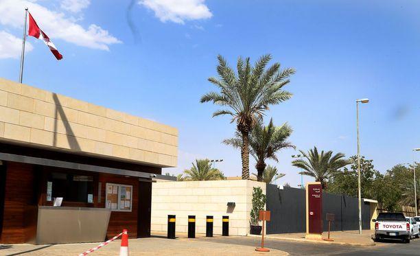 Kuva Kanadan suljetusta suurlähetystöstä Riadissa.