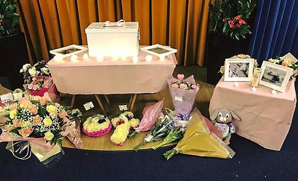 Pienen Evlyn-vauvan hautajaiset pidettiin 26. tammikuuta.