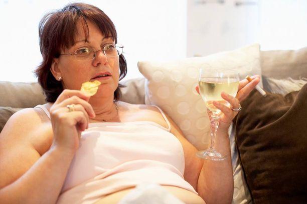 Liikalihava saattaa syödä paljon, koska hän etsii nautintoa, jota hän ei onnistu ruuasta saamaan.