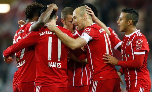 Bayern München otti suvereenin voiton lauantaina ja syvensi Dortmundin tuskaa.