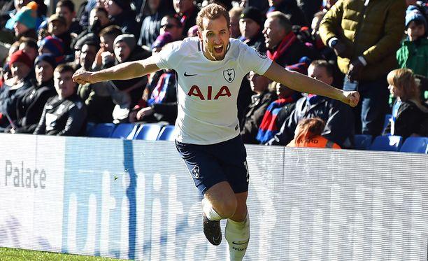 Siirtohuhut seis, Harry Kane jää, Spurs tiedotti.
