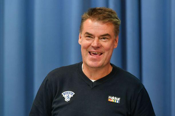 Raimo Helminen toimii toista kertaa Nuorten Leijonien päävalmentajana.