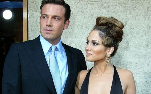 Ben Affleck puolustaa vimmatusti ex-kihlattu Jennifer Lopezia – sai rajua arvostelua romanssista