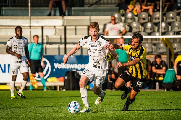 FC Honka käänsi ottelun edukseen toisella jaksolla.